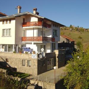 Foto Hotel: Guest House Sarievi, Progled