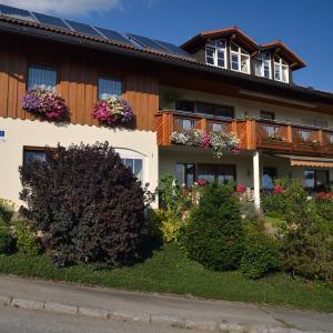 Hotelbilleder: Ferienwohnungen Grill, Schönberg