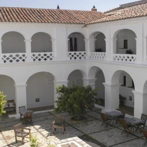 Hotel Pictures: Hospederia Convento de la Parra, La Parra