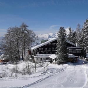 Hotel Pictures: Biohotel Grafenast, Pill