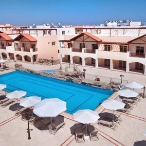 Hotel Pictures: Elysian Fields & Resort Apartment No. 302, Block B2, Tersephanou