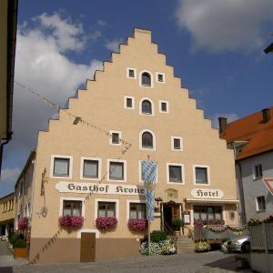 Hotel Pictures: Hotel-Gasthof Krone, Greding