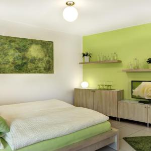 Hotel Pictures: [R2b] Serviced Apartment, Regensburg