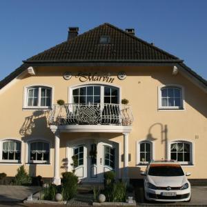 Hotelbilleder: Hotel Haus Marvin, Döttingen