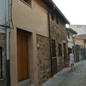 Hotel Pictures: Apartamento Turístico Zocailla, Gata