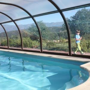 Hotel Pictures: Apartamentos El Jardin del Poeta, Guijo de Granadilla