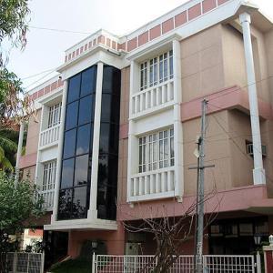 Hotellbilder: Compact - Stately Homes, Bangalore