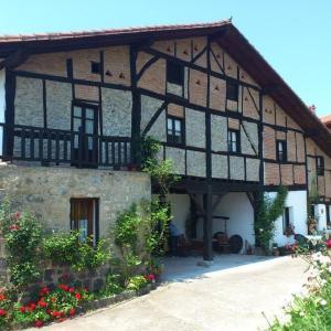 Hotel Pictures: Casa Rural Ozollo, Gautegiz Arteaga