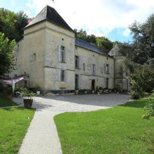Hotel Pictures: Château de Courtebotte, Saint-Jean-de-Blaignac