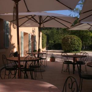 Hotel Pictures: Hôtel Les Cigales, Allauch