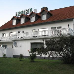 Hotelbilleder: Hotel Linden, Knüllwald