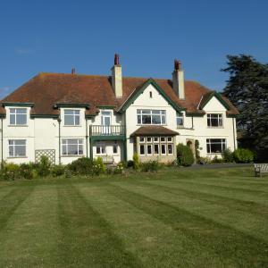 Hotel Pictures: Cedar House, Washford