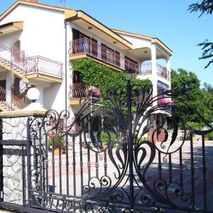 Hotellikuvia: Apartments Luciana, Rijeka