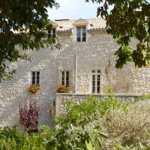 Hotel Pictures: La Maison Forte, Montaut
