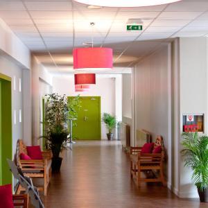 Hotel Pictures: Hotel Regain, Sainte-Tulle