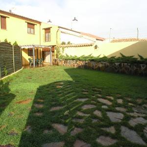 Hotel Pictures: Casa Rural Besana, Santo Tomé de Zabarcos