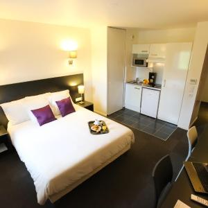 Hotel Pictures: All Suites Appart Hotel Orly Rungis, Rungis