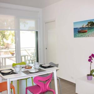 Foto Hotel: Appartamenti Sud Est, Marina di Ragusa