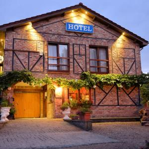 Hotel Pictures: Hotel De Stokerij, Oudenburg