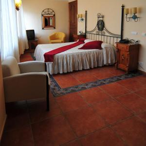 Hotel Pictures: Hotel Santo Domingo de Silos, Santo Domingo de Silos
