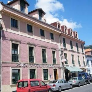 Hotel Pictures: Hotel Nueva Allandesa, Pola de Allande