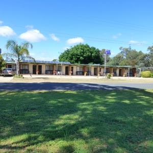 Hotel Pictures: Golfers Retreat Motel, Corowa