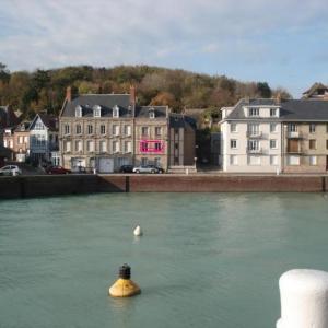 Hotel Pictures: Appartement sur Port de Plaisance, Saint-Valery-en-Caux