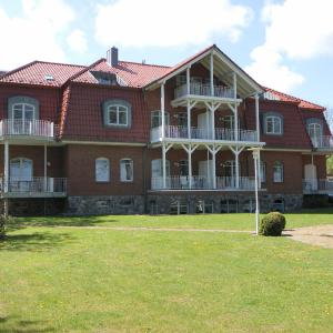 Hotel Pictures: Villa Seegarten, Boltenhagen