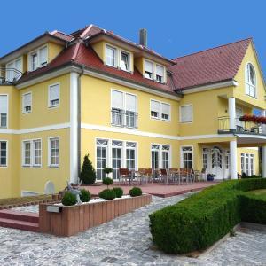 Hotel Pictures: Hotel Bachwiesen, Langensendelbach