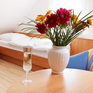 Hotelbilleder: Hotel Pension Kirschstein, Wolgast