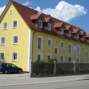 Hotelbilleder: Komfort Apartmenthaus Haslbach FGZ, Regensburg