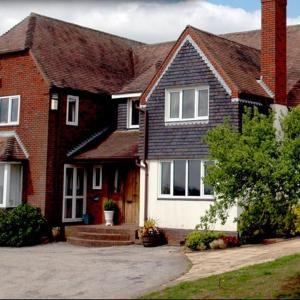 Hotel Pictures: Ashborough's Farmhouse B&B, Bromsgrove