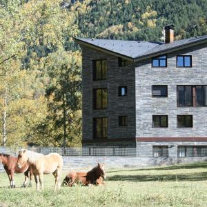 Hotellikuvia: Apartaments Turístics Prat de Les Mines, Llorts
