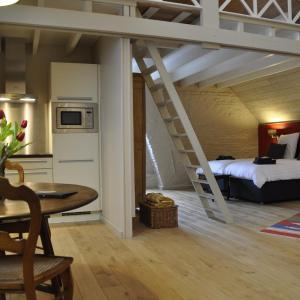 ホテル写真: B&B 't Huys van Enaeme, オーデナールデ
