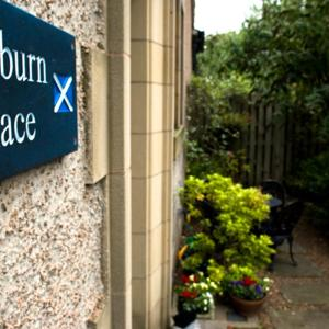 Hotel Pictures: Kinburn Guest House, St Andrews