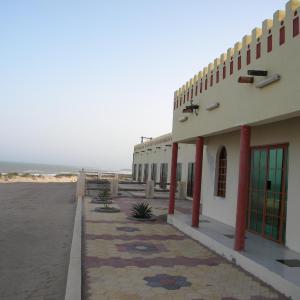 Hotel Pictures: Arabian Sea Motel, Qumaylah