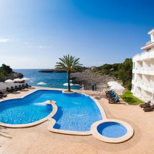 Hotel Pictures: Pierre & Vacances Mallorca Portomar, Portocolom