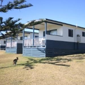 Hotel Pictures: Beachcomber Holiday Park, Potato Point