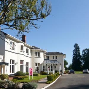 Hotel Pictures: Mercure Brandon Hall Hotel & Spa Warwickshire, Brandon