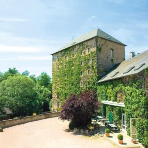Hotel Pictures: Auberge Du Moulin Marin, Lapalisse