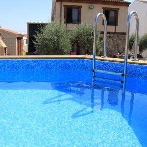 Hotel Pictures: Casa Rural El Olivar de Valdefuentes, Valdefuentes