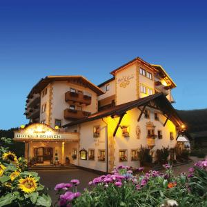 Hotellbilder: Hotel 3 Sonnen, Serfaus