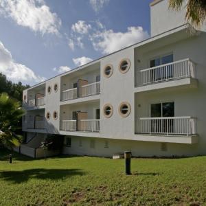 Hotel Pictures: Es Pi 2, Playa Migjorn