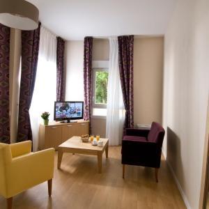 Hotel Pictures: Domitys Le Parc Saint Germain, Montrond-les-Bains
