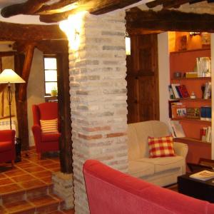Hotel Pictures: Casa Rural El Encuentro, Villalón de Campos