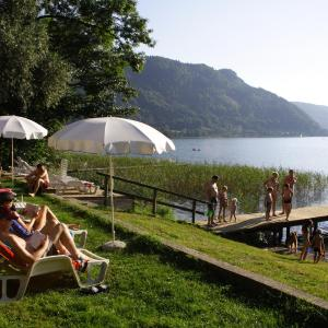 Hotel Pictures: Seehaus Karantanien am Ossiacher See, Ossiach