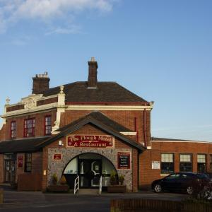 Hotel Pictures: Plough Motel, Stoke on Trent
