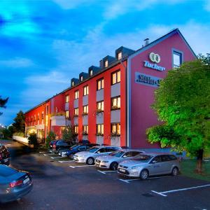 Hotel Pictures: Hotel-Restaurant Kübler Hof, Wendelstein