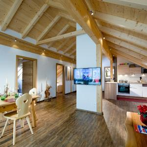 Hotellikuvia: AlpenChalet Mitterberg, Mariapfarr