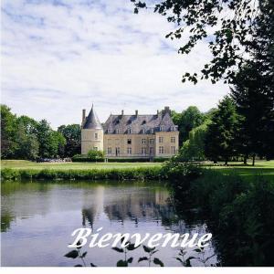 Hotel Pictures: Chateau De Bertichères, Chaumont-en-Vexin